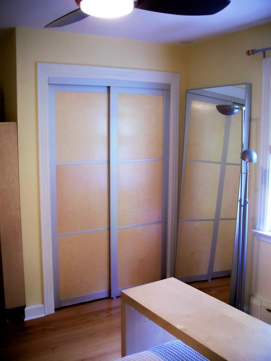 Replacing a built in wardrobe 39 s sliding doors ikea for Built in sliding doors