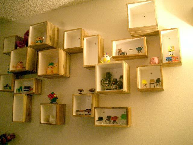 Bjuron wall display ikea hackers ikea hackers for Ikea display box