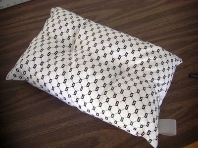 Finished+pillow-743638