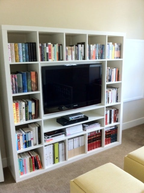 wall mounting a 40 tv in expedit ikea hackers ikea. Black Bedroom Furniture Sets. Home Design Ideas