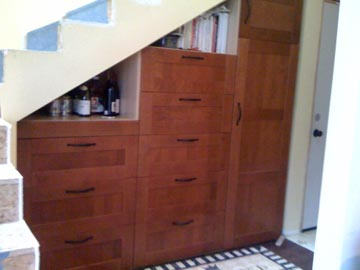Under stairs pantry ikea hackers for Kitchen units under stairs