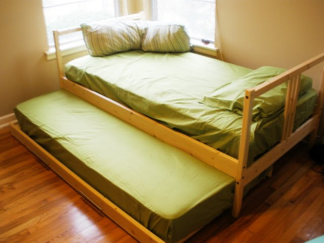 Two Fjellse Twin Beds Into A Trundle Ikea Hackers Ikea