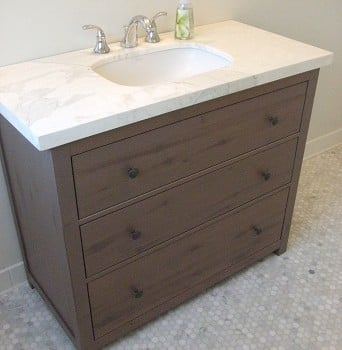 Vanity from hemnes dresser ikea hackers ikea hackers for Ikea hemnes vanity table