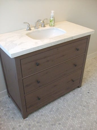 vanity from hemnes dresser ikea hackers ikea hackers. Black Bedroom Furniture Sets. Home Design Ideas