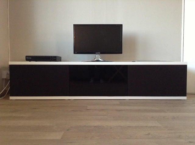 unnu inspired media bench ikea hackers. Black Bedroom Furniture Sets. Home Design Ideas