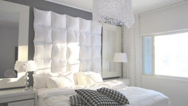 pillow+headboard-702771