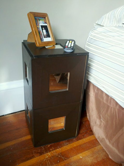 Malma mirror nightstand storage thingy ikea hackers for How to build a nightstand from scratch