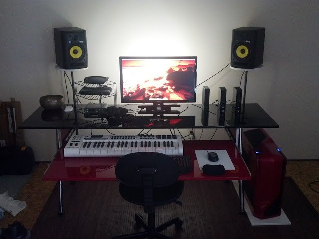 Biginfrikinhevi Red And Black Home Studio Desk Ikea Hackers