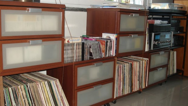 Vinyl Records And Cds Sideboard Ikea Hackers Ikea Hackers