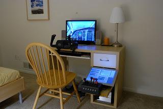 Ikea desk with flight simulator ikea hackers ikea hackers for Bedroom simulator ikea