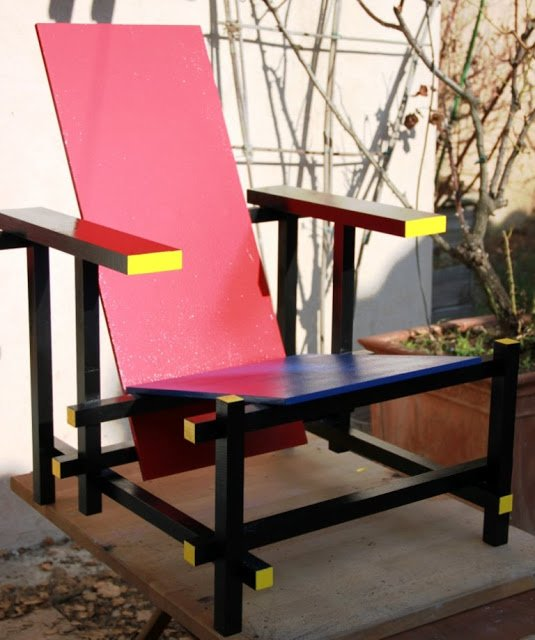 Build a Rietveld inspired chair with NUMERAR countertop
