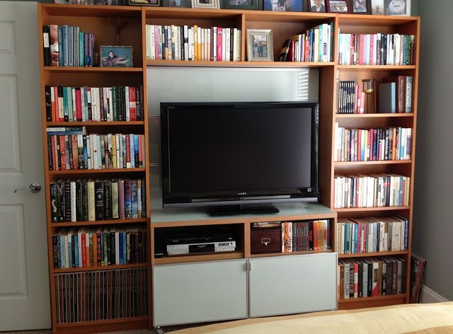 Finest Billy library to entertainment center - IKEA Hackers YV32