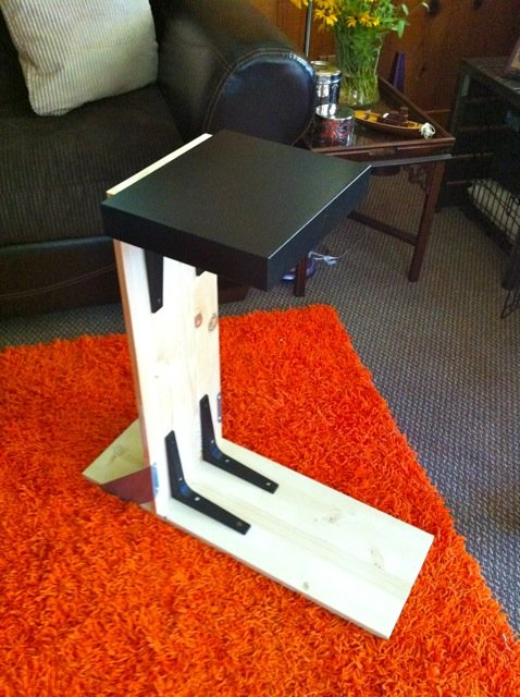 Over sofa table ikea hackers ikea hackers for Lack sofa table hack
