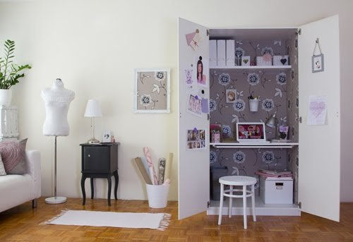 Home office from an old pax cupboard ikea hackers ikea - Armoire de bureau ...