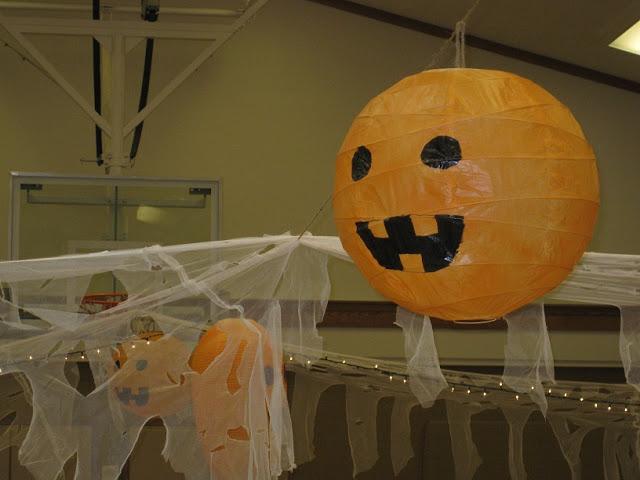 A Lill Creepy Halloween Party Ikea Hackers Ikea Hackers