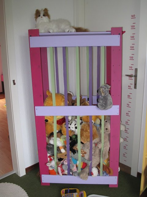 Zoo storage for furry friends ikea hackers ikea hackers for Meuble mural original