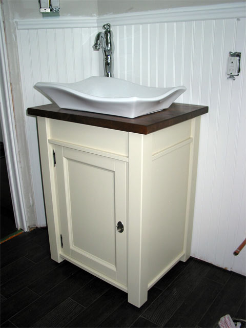 New  Ensuite Bathroom Vanity