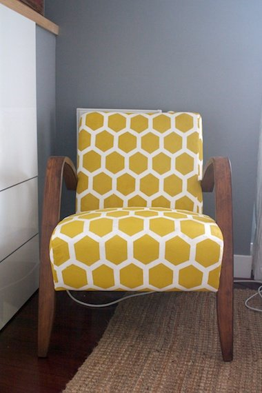Hova goes Honeycomb IKEA Hackers IKEA Hackers : ikea hova stenciled chair makeover 2 711324 from www.ikeahackers.net size 380 x 570 jpeg 77kB
