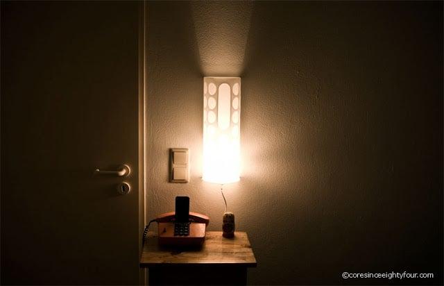 low budget bedside lamp ikea hackers ikea hackers. Black Bedroom Furniture Sets. Home Design Ideas