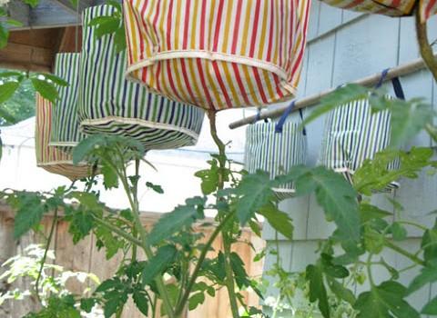 Vastlig Topsy Turvy Style Planter For 2 Ikea Hackers Ikea Hackers
