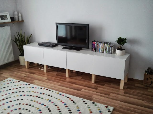 Superbe Besta TV Storage Combination + Legs