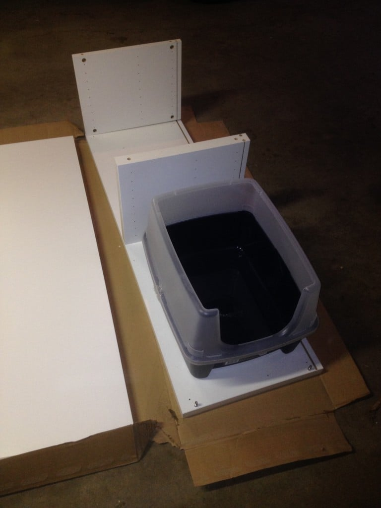 Stage 1 - making sure the litter box fit. Iris Open Top Litter Box with Shield