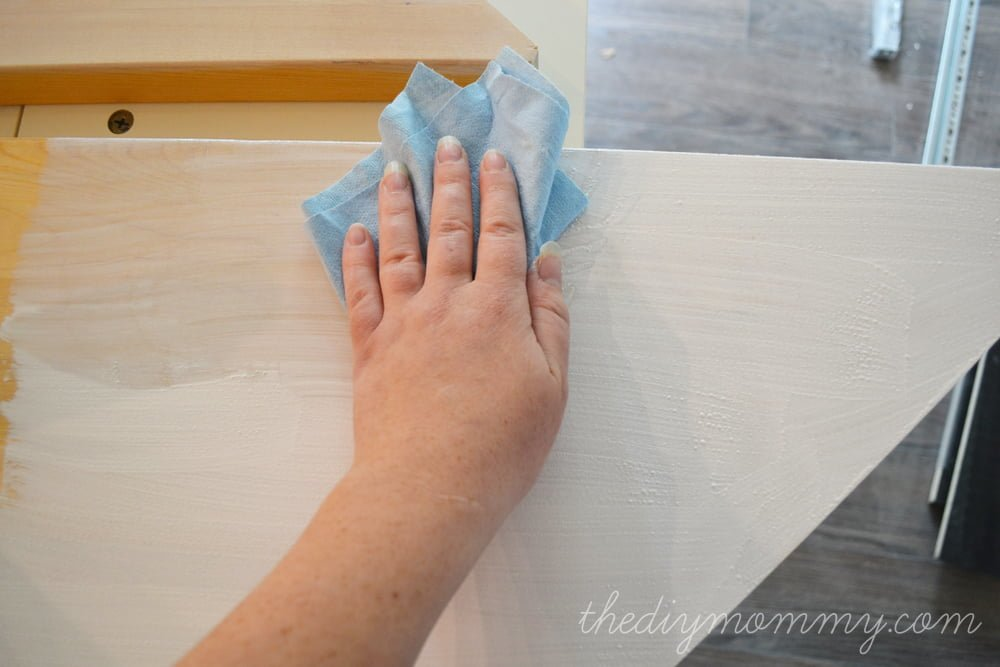 Whitewashing-and-Sealing-a-Butcher-Block-Countertop-by-The-DIY-Mommy-9