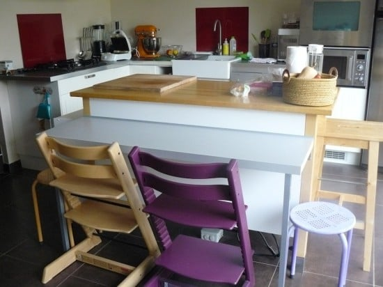 Two levels kitchen island with Varde cabinet - IKEA Hackers