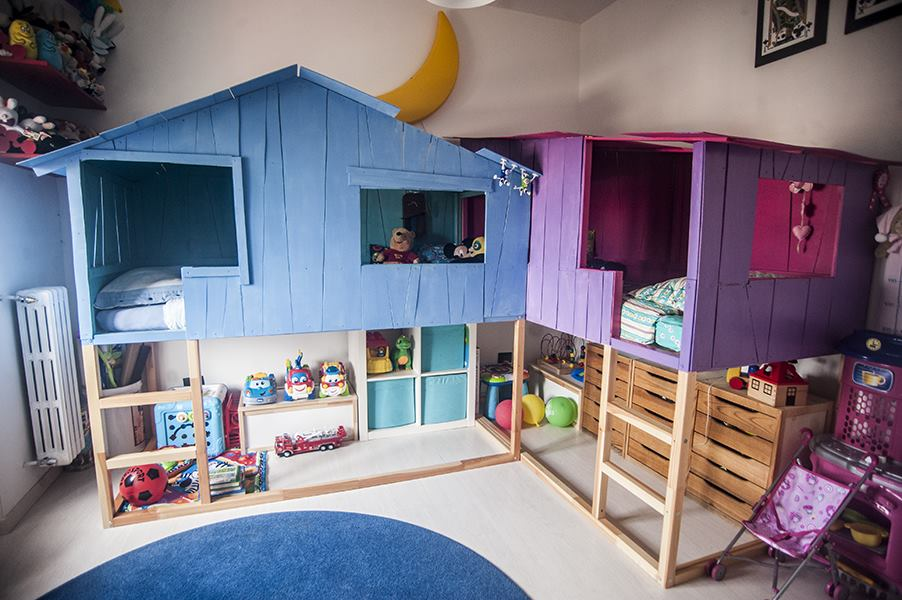 Simple Kura beds transform into Tree House Playland