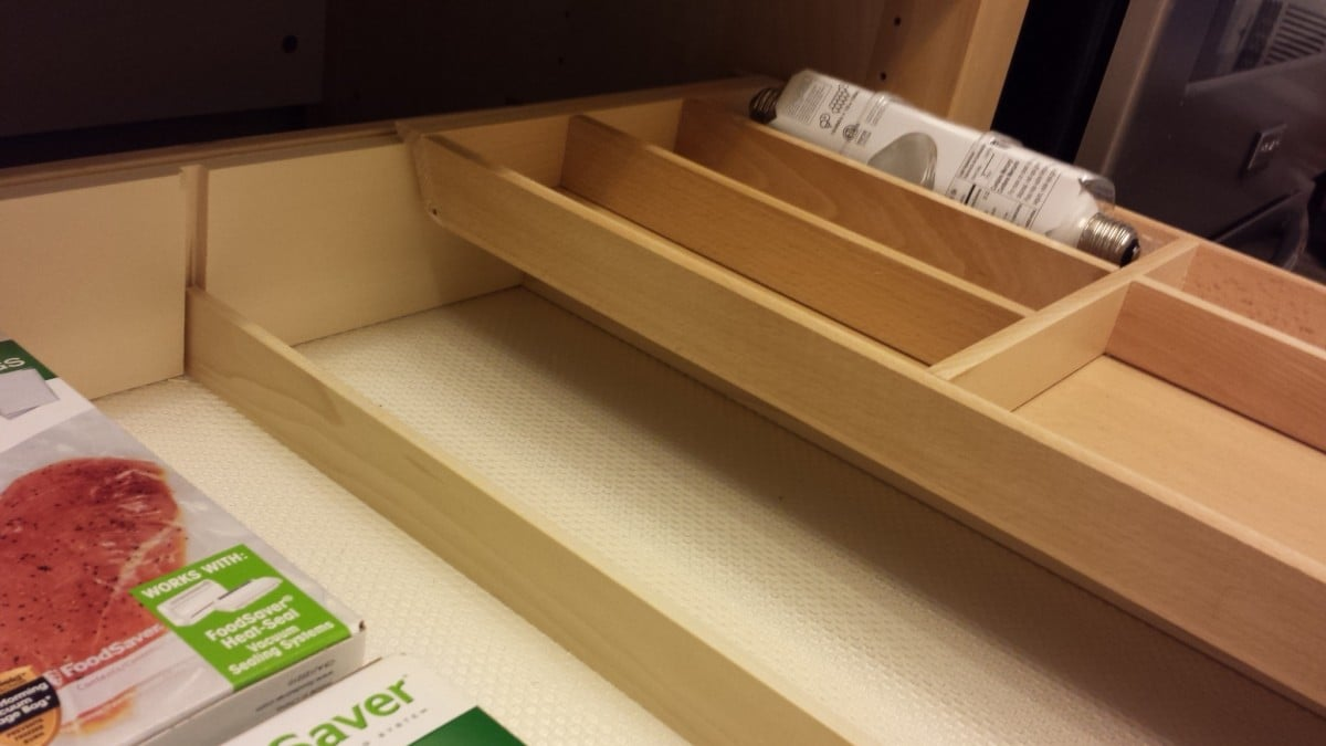 Varde Drawer Unit Dividers with Sliding Rationell Storage Tray and in Drawer