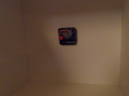 Clockwork mechanism inside the shelf
