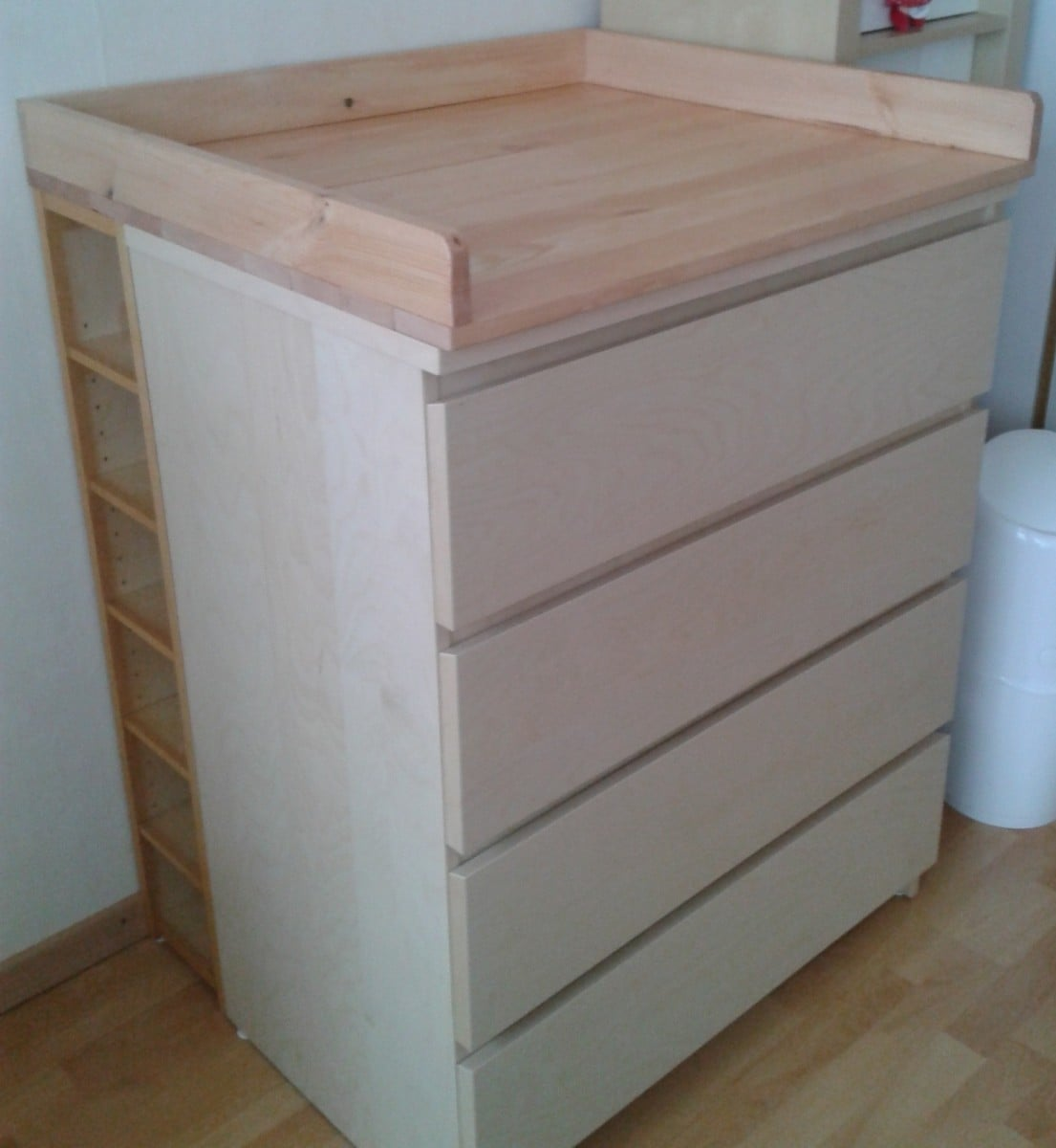 sultan lade malm benno changing table ikea hackers. Black Bedroom Furniture Sets. Home Design Ideas