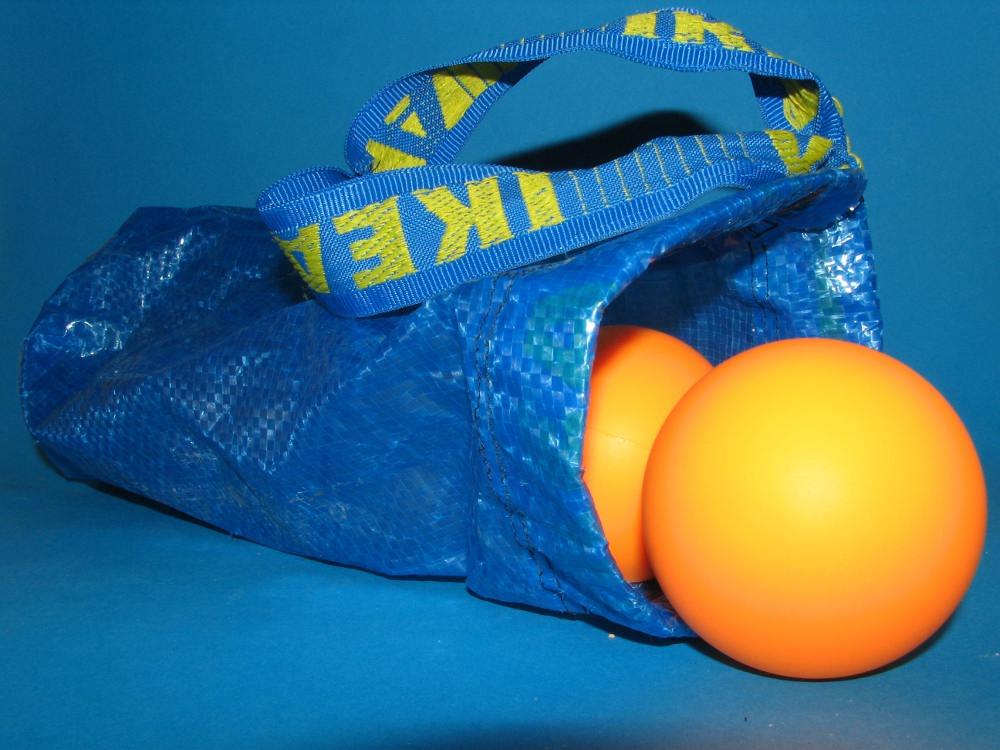 5a2b543db9 FRAKTA recycled bag for juggling balls