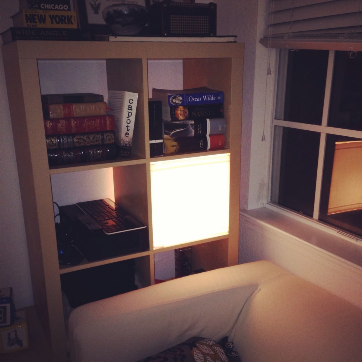 expedit light box ikea hackers ikea hackers. Black Bedroom Furniture Sets. Home Design Ideas