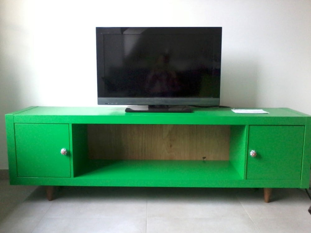 turn expedit into vintage looking tv sideboard ikea hackers ikea hackers. Black Bedroom Furniture Sets. Home Design Ideas