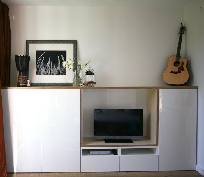 Besta plywood playroom storage hack  IKEA Hackers  IKEA Hackers -> Meuble Tv Mural Suspendu Ikea
