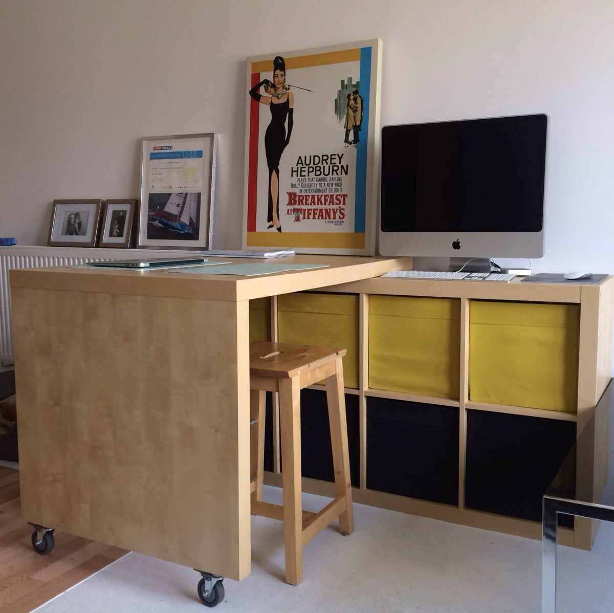 Expedit and bosse table breakfast bar workspace with Ikea hacking