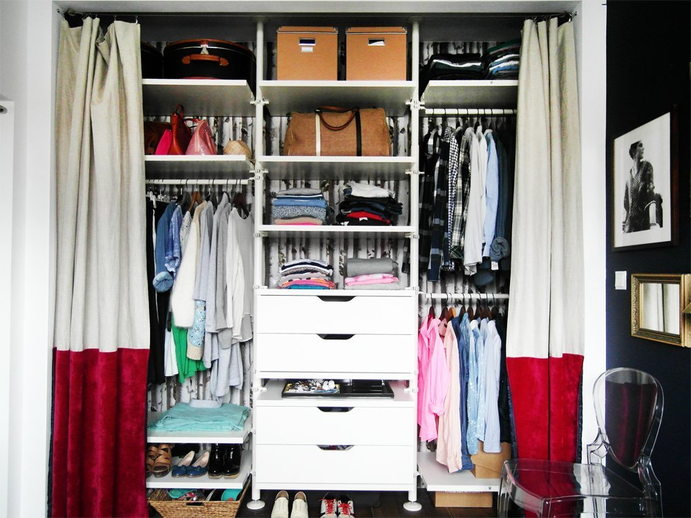 the closet girl ikea hackers ikea hackers. Black Bedroom Furniture Sets. Home Design Ideas