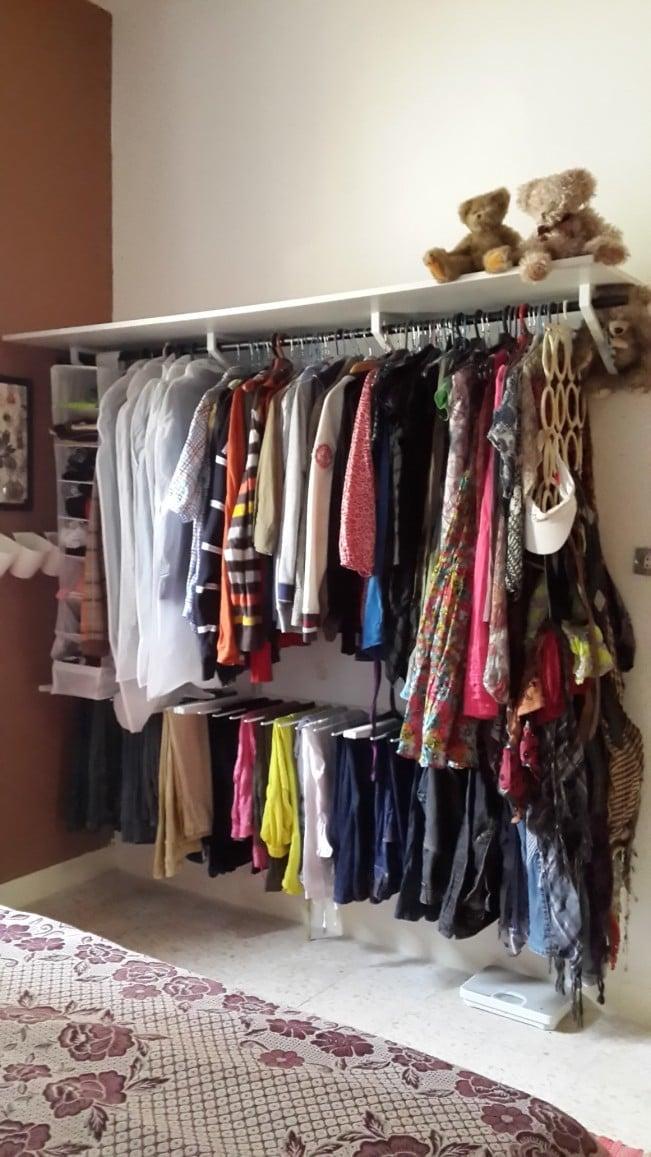Bedroom Shelf Divider