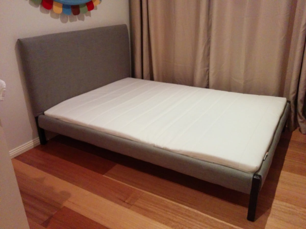 Dalselv bed gets cushy new life ikea hackers ikea hackers for Ikea mattress frame
