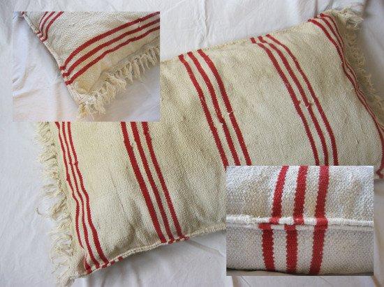 IKEA SIGNE rug pet pillow