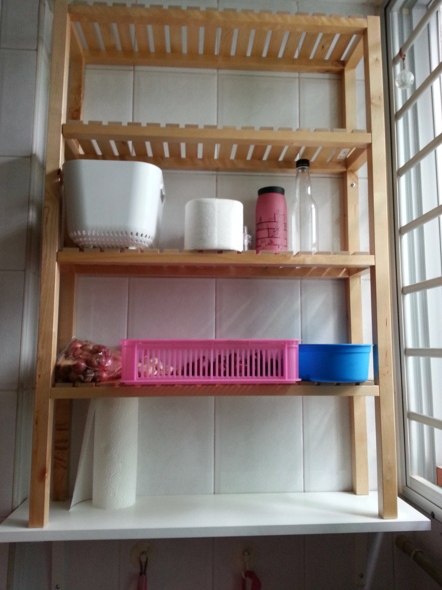 Molger from bathroom to kitchen shelf ikea hackers for Kitchen shelf