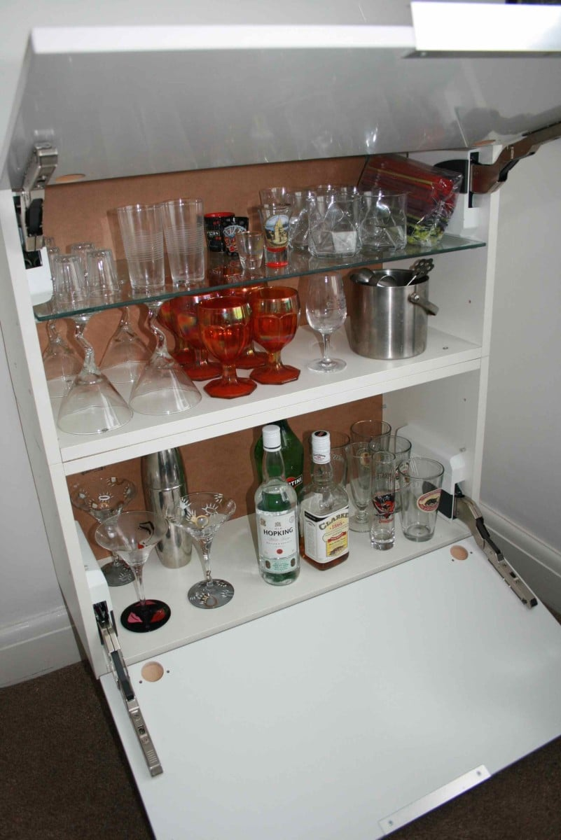 Kitchen wall cabinet to modern mini bar ikea hackers for How to build a mini bar cabinet