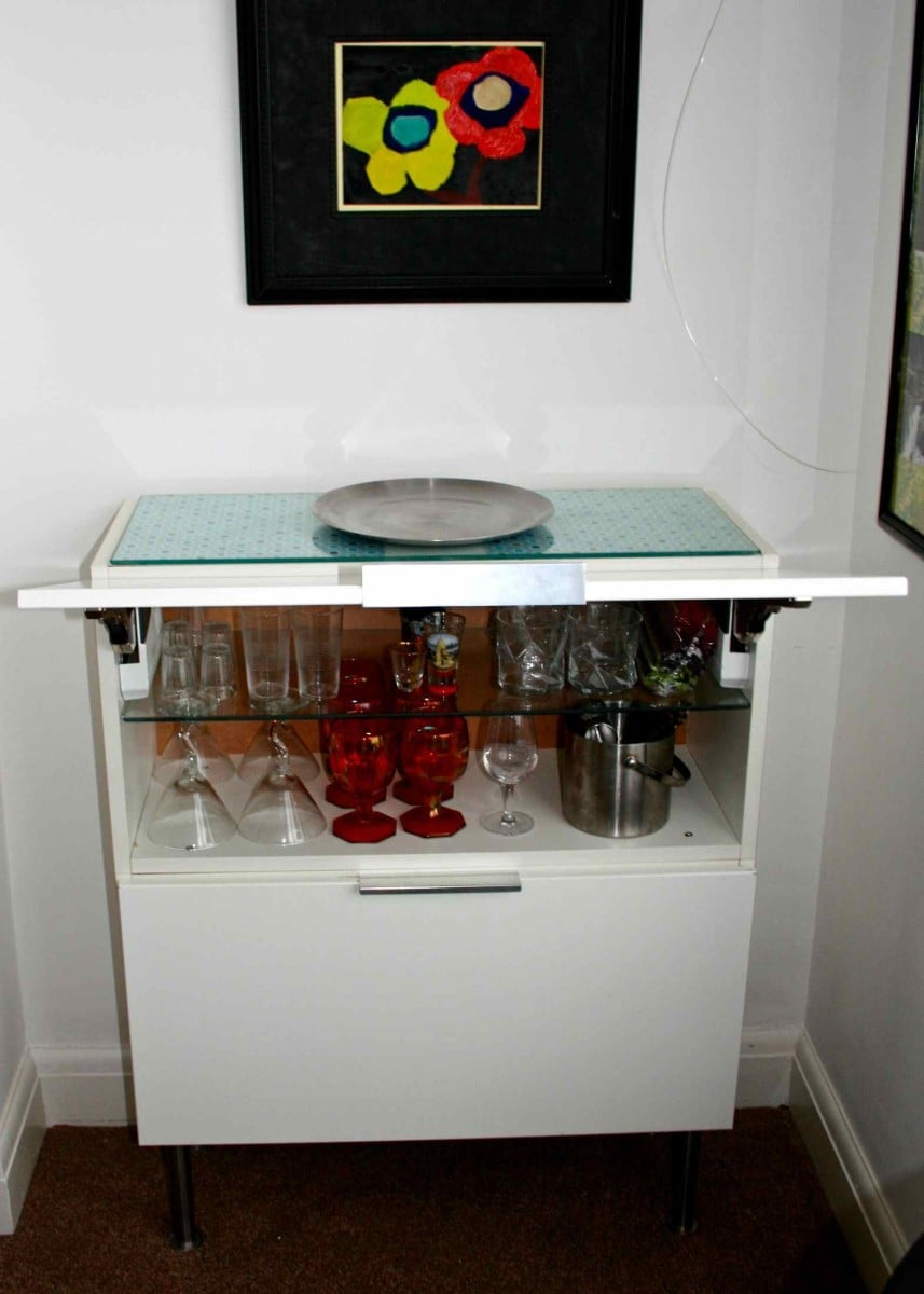 kitchen wall cabinet to modern mini bar ikea hackers ikea hackers. Black Bedroom Furniture Sets. Home Design Ideas