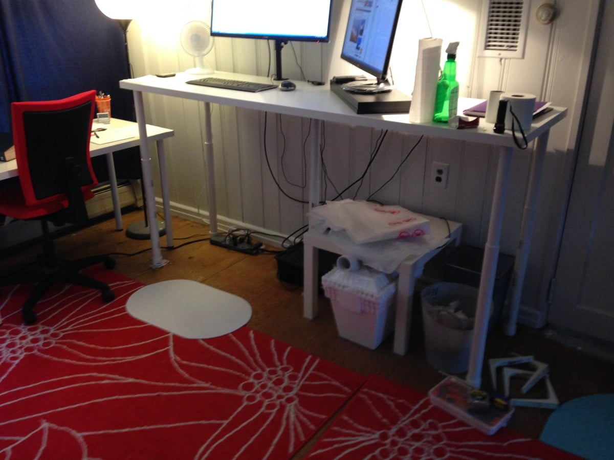 standing desk linnmon adils standing desk on the cheap version 2 ikea hackers ikea hackers. Black Bedroom Furniture Sets. Home Design Ideas