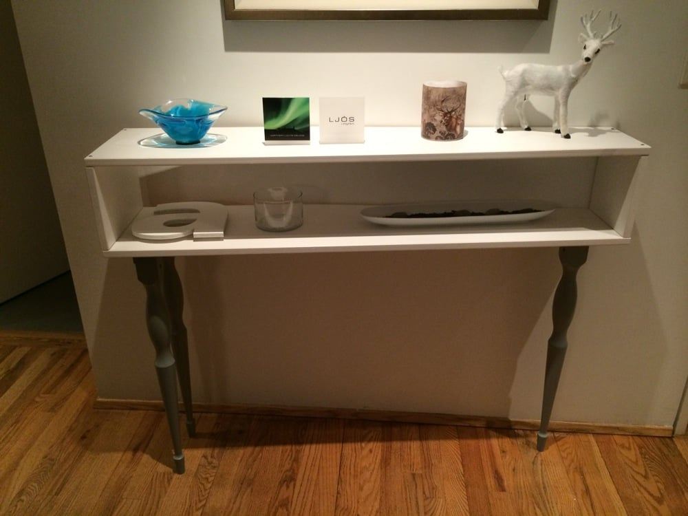 Console table with 3 legs outstanding ikea hackers ikea hackers - Tablette de lit ikea ...