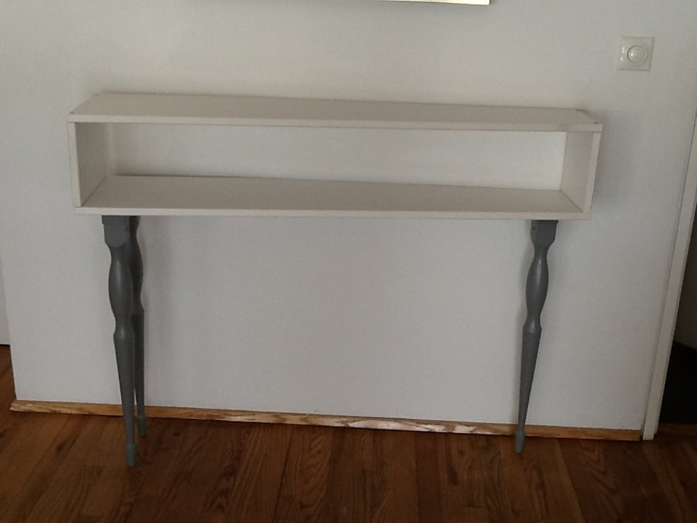 console table with 3 legs outstanding ikea hackers. Black Bedroom Furniture Sets. Home Design Ideas