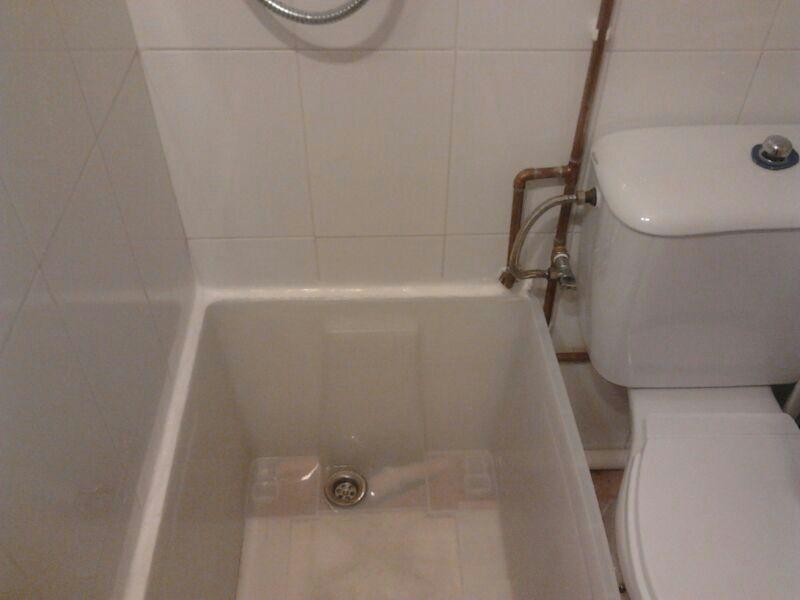 shower base from ikea samla plastic box ikea hackers ikea hackers. Black Bedroom Furniture Sets. Home Design Ideas