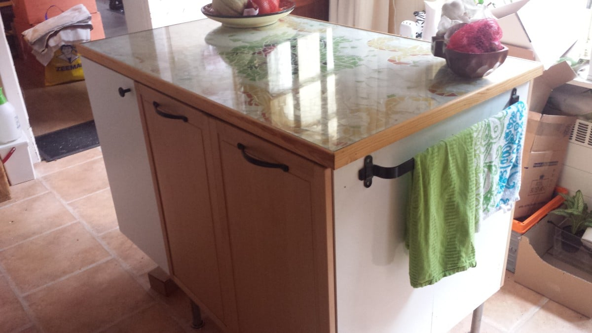 Top kitchen cabinets made into a kitchen island - IKEA Hackers