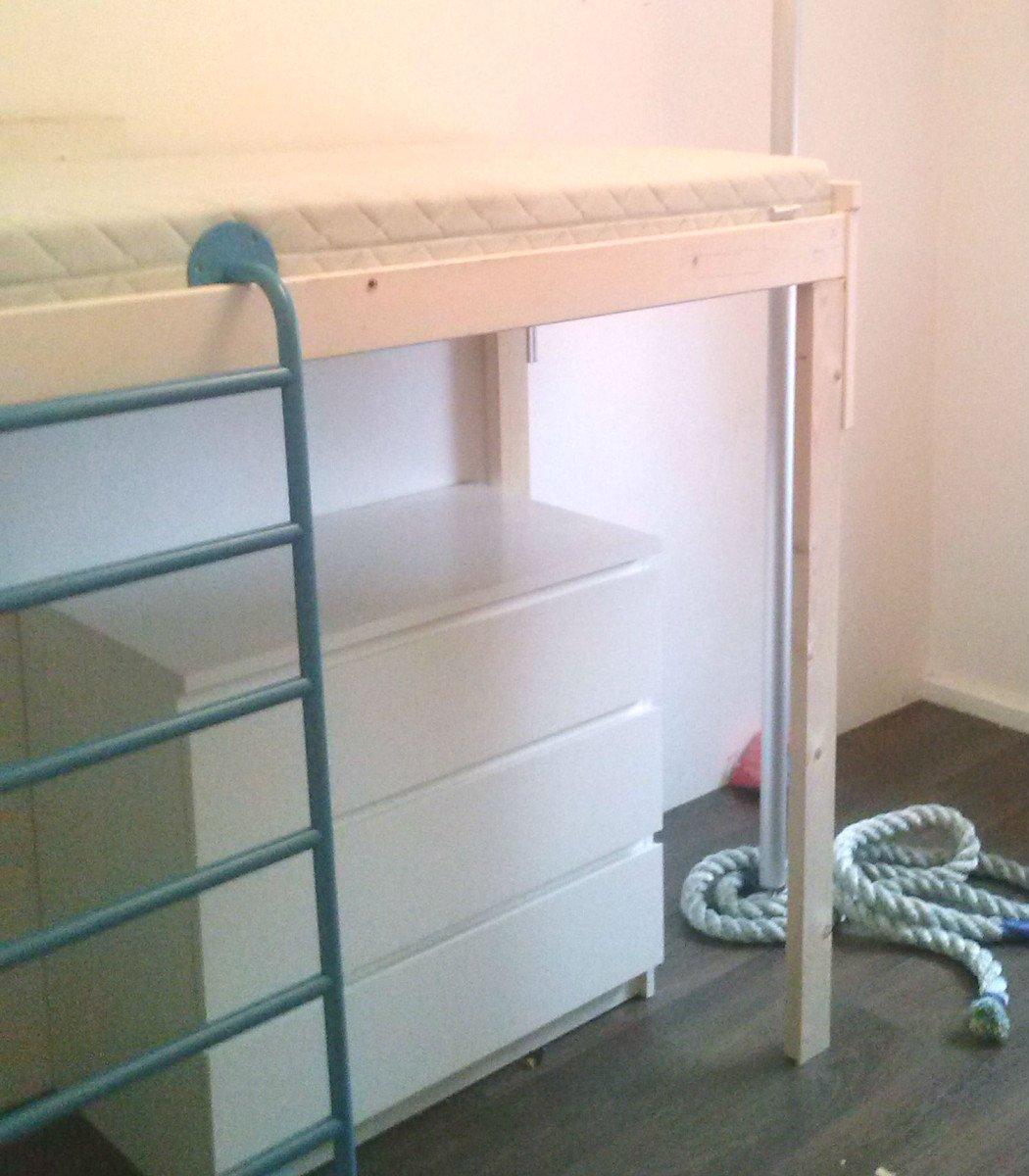 Shelving Unti Loft Bed